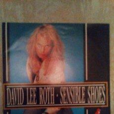 Discos de vinilo: VENDO SINGLE DE DAVID LEE ROTH, SENSIBLE SHOES, AÑO 1990 (MAS INFORMACIÓN 2ª FOTO EN EL INTERIOR).. Lote 114382035
