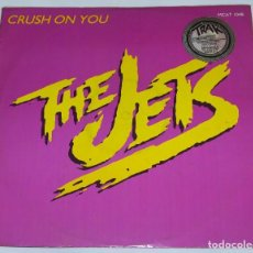 Discos de vinilo: THE JETS - CRUSH ON YOU (3 VERSIONES) + RIGHT BEFORE MY EYES - MCAT 1048 - MCA RECORDS 1985. Lote 114614067