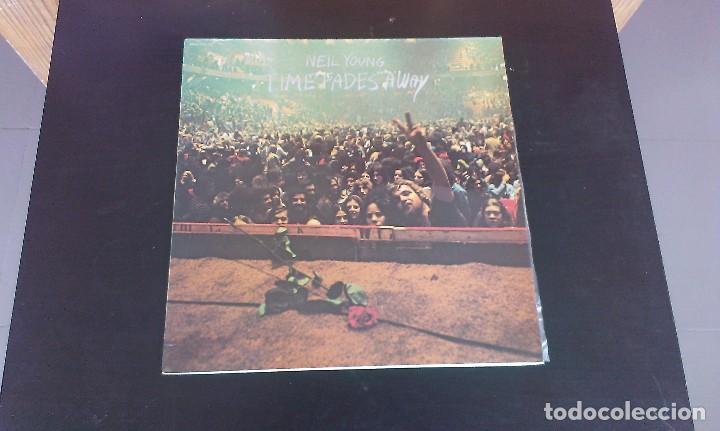 LP NEIL YOUNG TIME FADES AWAY BLUES ROCK FOLK 70'S (Música - Discos - LP Vinilo - Pop - Rock - Extranjero de los 70)