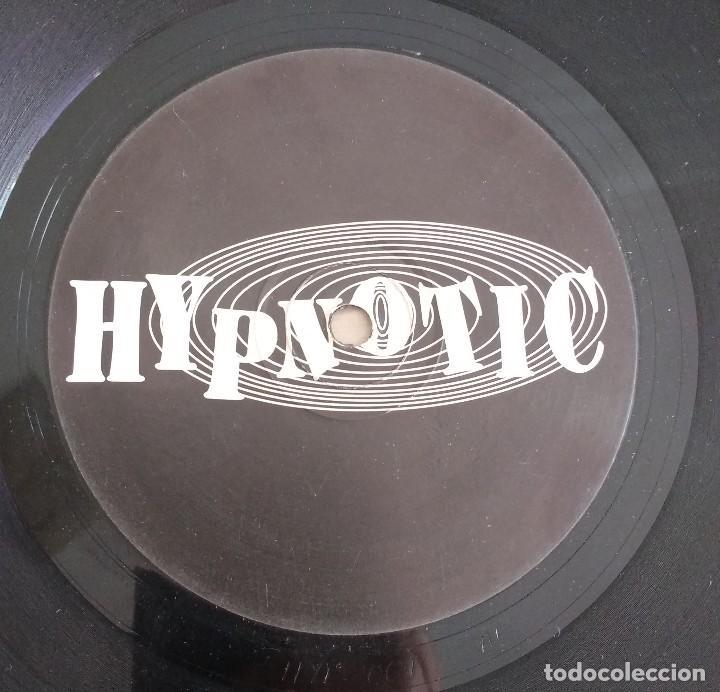 Discos de vinilo: Chapter1 – Throw Your Hands Up / Straight Line - Foto 2 - 115129751