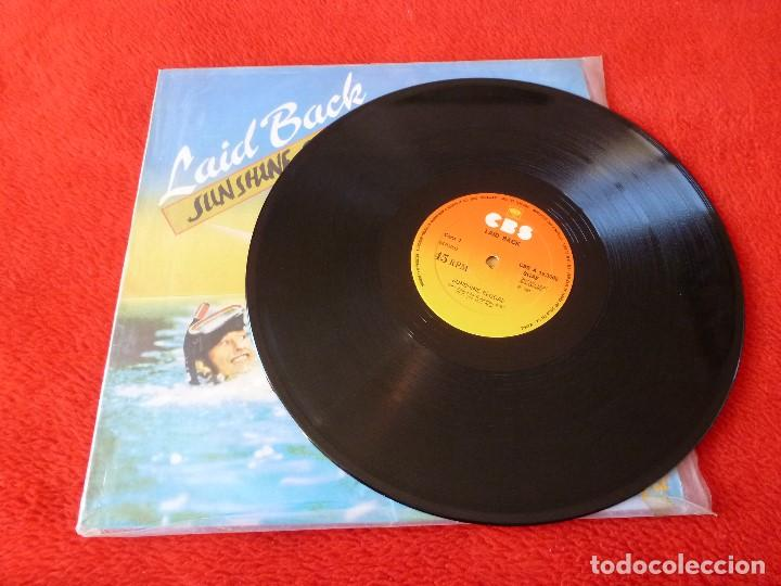 Discos de vinilo: (XM)DISCO-SUNSHINE REGGAE(LAID BLACK)-SUPERSINGLE EDICIÓN 1983. - Foto 3 - 115201683