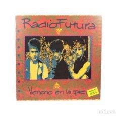 Discos de vinilo: LP. VENENO EN LA PIEL. RADIO FUTURA. (VG+/VG+). Lote 115746143