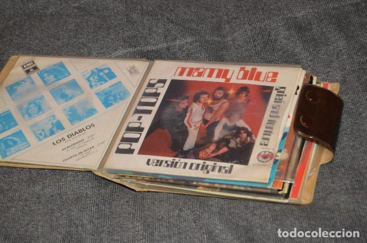 ANTIGUO Y VINTAGE - ESTUCHE CON 12 DISCOS SINGLE VARIADOS - AÑOS 60 / 70 - HAZ OFERTA - ESTUCHE Nº04 (Música - Discos - Singles Vinilo - Grupos Españoles 50 y 60)