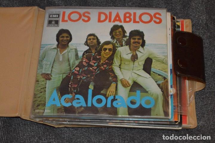Discos de vinilo: ANTIGUO Y VINTAGE - ESTUCHE CON 12 DISCOS SINGLE VARIADOS - AÑOS 60 / 70 - HAZ OFERTA - ESTUCHE Nº04 - Foto 4 - 115941331