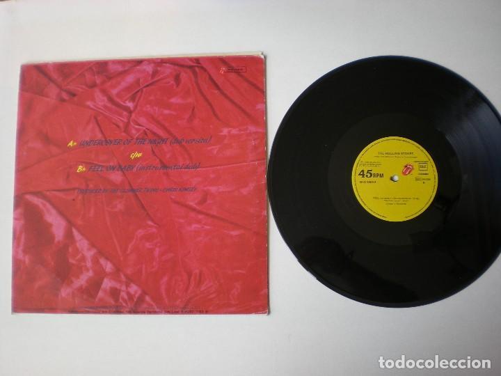 Discos de vinilo: THE ROLLING STONES - UNDERCOVER OF THE NIGHT + 1 MAXI EMI ODEON 1983 - Foto 2 - 116110187