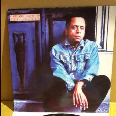Discos de vinilo: GARLAND JEFFREYS / THE ANSWER / MAXI-SG - RCA - 1991 / MBC. ***/***. Lote 116263435