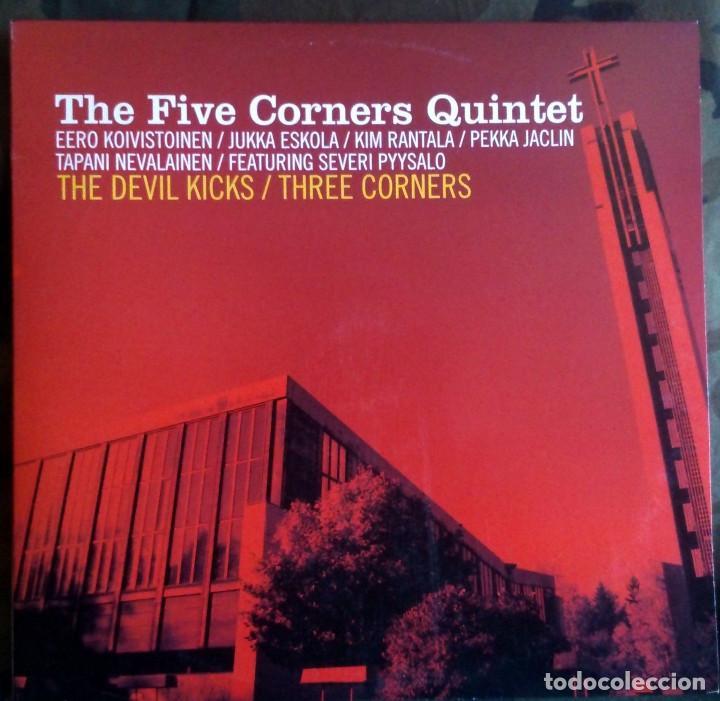 THE FIVE CORNERS QUINTET – THE DEVIL KICKS / THREE CORNERS FINLAND 2004 JAZZ 10 PULGADAS (Música - Discos de Vinilo - Maxi Singles - Jazz, Jazz-Rock, Blues y R&B)