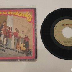 Discos de vinilo: MOCEDADES. SINGLE ANTIGUO FIRMADO POR SUS COMPONENTES.. Lote 116601823