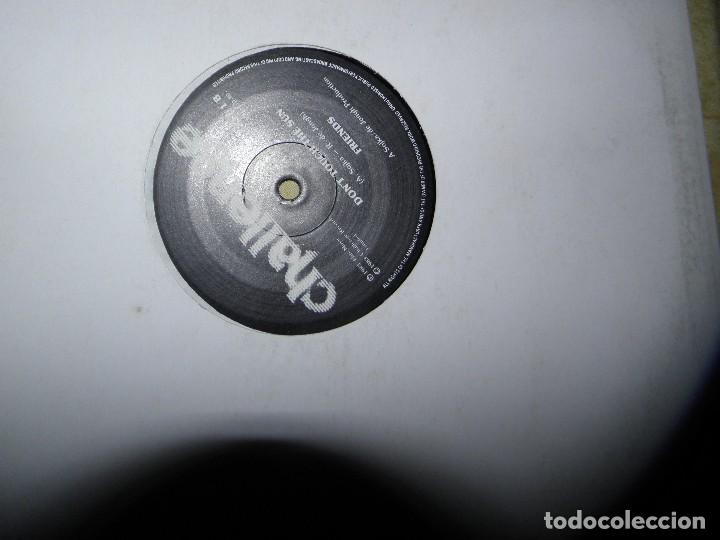 Discos de vinilo: Friends (6) ?– Meddlin' With Shalamar / Don't Touch The Sun,1983 - Foto 2 - 116619719
