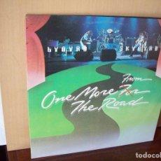 Discos de vinilo: LYNYRD SJYNYRD - FROM ONE MORE FOR THE ROAD - DOBLE LP 1976 FABRICADO EN INGLATERRA. Lote 116719851