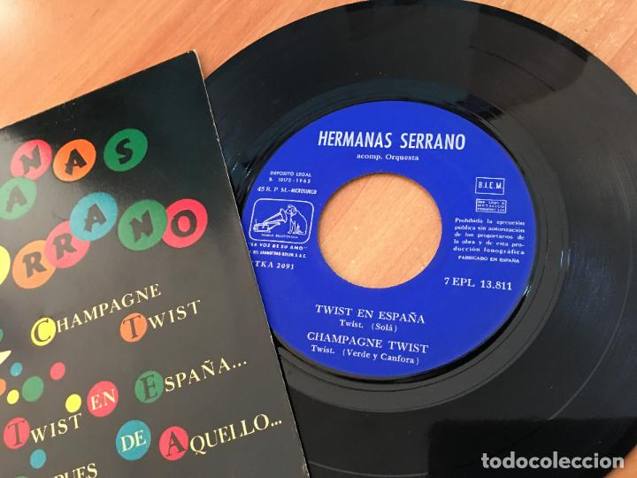 Discos de vinilo: HERMANAS SERRANO (TWIST EN ESPAÑA / CHAMPAGNE TWIST + 2) EP ESPAÑA 1962 (EPI10) - Foto 2 - 116927619