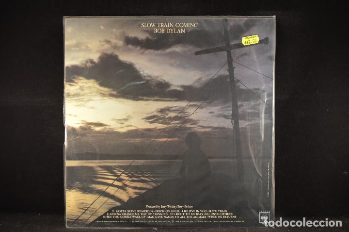 Discos de vinilo: BOB DYLAN - SLOW TRAIN COMING - LP - Foto 2 - 173221874