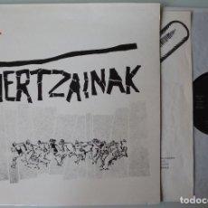 Discos de vinilo: HERTZAINAK (LP OIHUKA 1984) LLEVA EL INSERTO. PUNK VASCO.. Lote 177817852