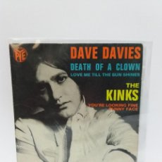 Discos de vinilo: EP ** DAVE DAVIES * DEATH OF A CLOWN ** THE KINKS * FUNNY FACE ** COVER/ EX * EP/ VG/ VG+ * 1967. Lote 117313075