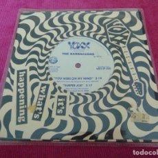 Discos de vinilo: THE BARRACUDAS - I CAN'T PRETEND + 3 - EP VINILO AZUL. Lote 117429251