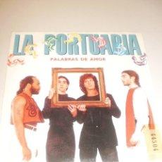 Discos de vinilo: SINGLE LA PORTUARIA. PALABRAS DE AMOR. VIVIENDO EN LA CIUDAD. EMI 1989 SPAIN (PROBADO Y BIEN). Lote 117548555