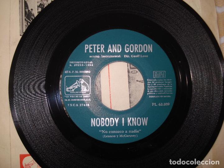 Discos de vinilo: PETER AND GORDON NOBODY I KNOW (BEATLES) SINGLE ESPAÑOL CON DISTINTA CONTRAPORTADA. - Foto 3 - 118811267