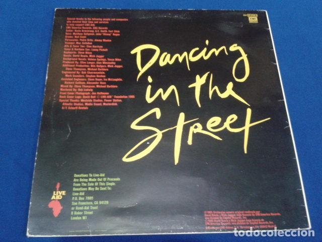 Discos de vinilo: VINILO MAXI SINGLE 45 RPM DAVID BOWIE & MICK GAGGER ( DANCING IN THE STREET ) 1985 EMI ESPAÑA - Foto 2 - 119237047