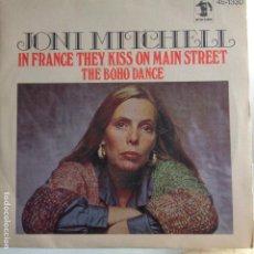 Discos de vinilo: JONI MITCHELL - IN FRANCE THEY KISS ON MAIN STREET - NUEVO ESPAÑOL. Lote 119449235