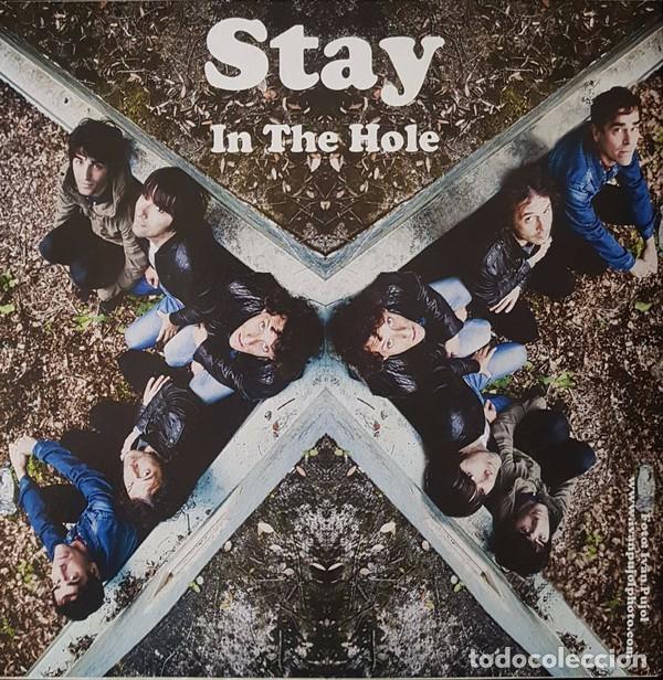SINGLE STAY- IN THE HOLE / THE SLINGSHOTS CRANKY HONKY VINILO (Música - Discos - Singles Vinilo - Grupos Españoles de los 90 a la actualidad)