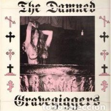Discos de vinilo: THE DAMNED. GRAVEGIGGERS. RECORDED LIVE AT SOUTHEND 24/6/85. LOW LIFE RECORDS. LOWLIFE 009. 1986 . Lote 120148499