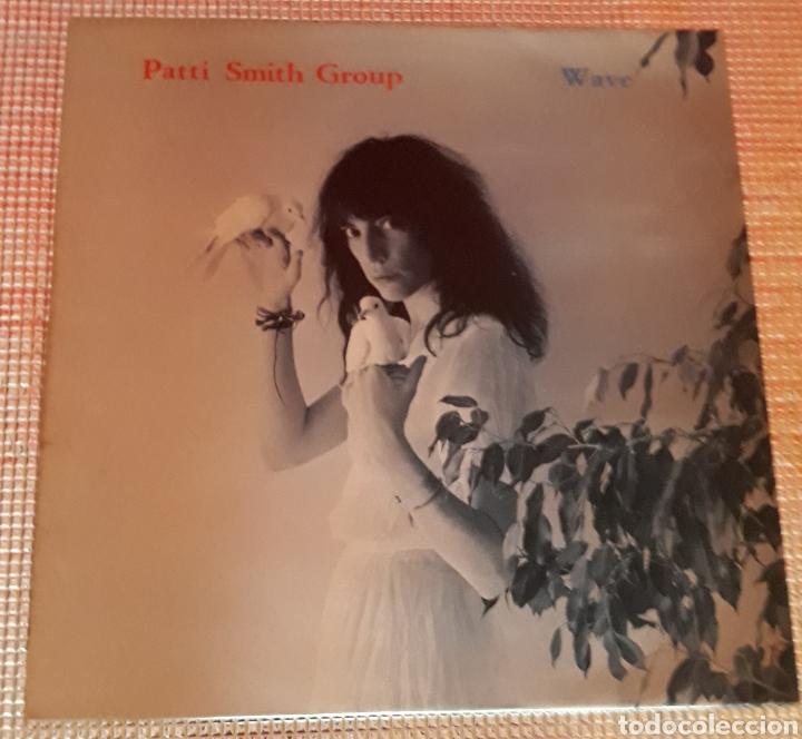 PATTI SMITH GROUP - WAVE (Música - Discos - LP Vinilo - Pop - Rock - Extranjero de los 70)