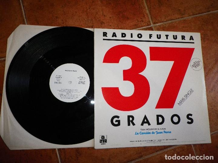 Discos de vinilo: RADIO FUTURA 37 Grados MAXI SINGLE VINILO PROMO 1987 SANTIAGO AUSERON MISMO TEMA - Foto 2 - 120957247