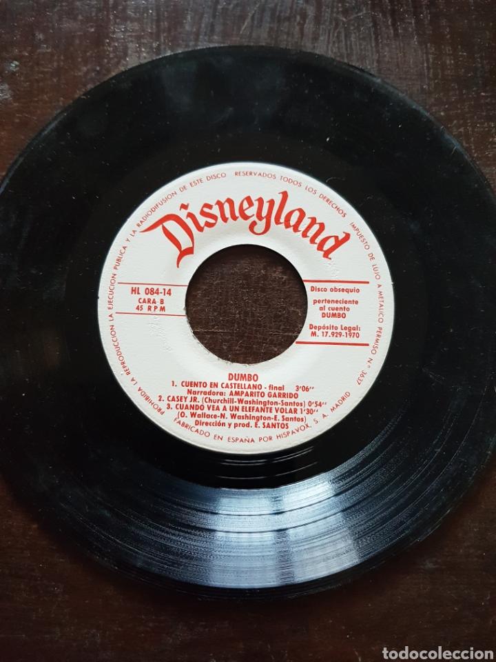 Discos de vinilo: Dumbo. Disneyland. Cuento en castellano. Hispavox. 1970 - Foto 2 - 121209618