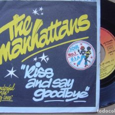 Discos de vinilo: MANHATTANS - WONDERFUL WORLD OF LOVE + KISS AND SAY - SINGLE FRANCES 1978 - CBS. Lote 121351223