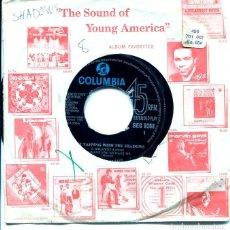 Discos de vinilo: THE SHADOWS / ATLANTIS / I WANT YOU TO WANT ME / FOOT TAPPER + 2 (EP ORIGINAL INGLES). Lote 122251175