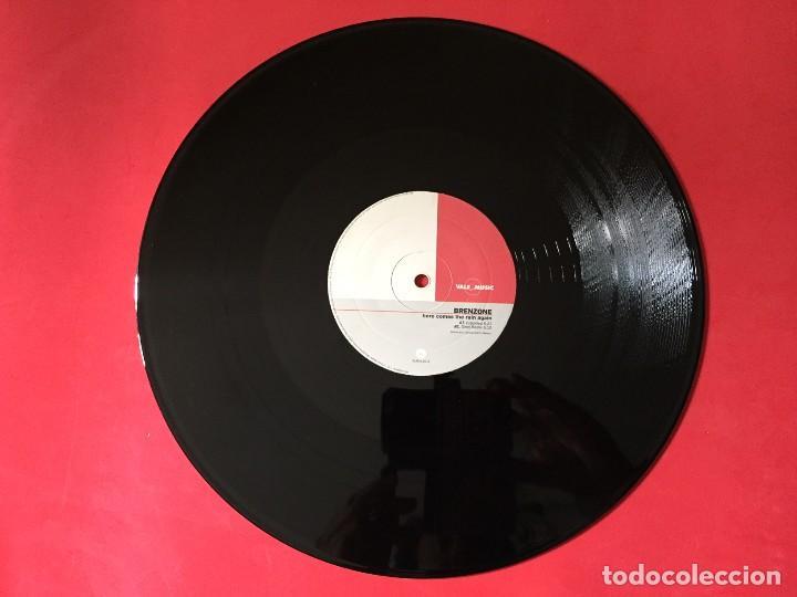 BRENZONE – HERE COMES THE RAIN AGAIN (Música - Discos de Vinilo - Maxi Singles - Disco y Dance)