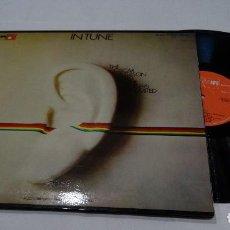 Discos de vinilo: IN TUNE THE OSCAR PETERSON + THE SINGERS UNLIMITED LP 1974. Lote 123260459