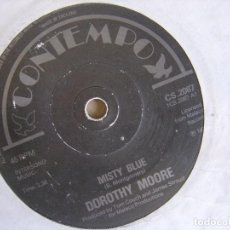 Discos de vinilo: DOROTHY MOORE - MISTY BLUE + HERE IT IS - SINGLE UK 1975 - CONTEMPO. Lote 123347259