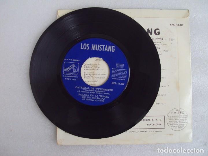 Discos de vinilo: LOS MUSTANG. CATEDRAL DE WINCHESTER. EP EDICION ESPAÑOLA 1967. EMI. LA VOZ DE SU AMO. - Foto 4 - 124291179