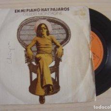 Discos de vinilo: GILBERT MONTAGNE - EN MI PIANO HAY PAJAROS + MATANDOME SUAVEMENTE CON SU CANCION - SINGLE 1973 - CBS. Lote 124423291