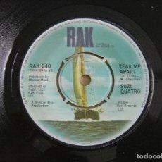 Discos de vinilo: SUZI QUATRO - TEAR ME APART + SAME AS I DO - SINGLE UK 1976 - RAK. Lote 124435711