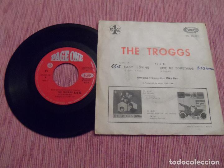 Discos de vinilo: THE TROGGS - EASY LOVING / GIVE ME SOMETHING - Foto 2 - 124622907