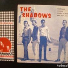 Discos de vinilo: THE SHADOWS- GERONIMO- SHAZAM. EP.. Lote 125070143