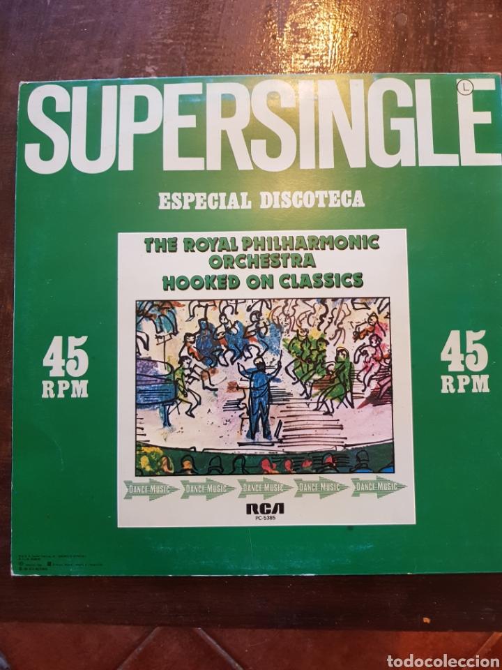 Discos de vinilo: Royal Philarmonic Orchestra. Hooked on Classics. Maxisingle. RCA. 1981 - Foto 2 - 125254648