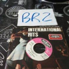Discos de vinilo: INTERNTIONAL HITS CARMEN MC RAE VOGUE. Lote 125302200