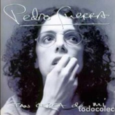 Discos de vinilo: PEDRO GUERRA TAN CERCA DE MÍ COMO NUEVO. Lote 125973907
