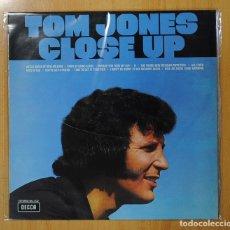 Discos de vinilo: TOM JONES - CLOSE UP - LP. Lote 126734891