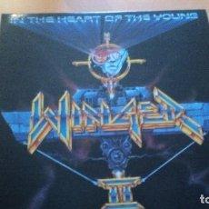 Discos de vinilo: WINGER IN THE HEART OF THE YOUNG LP CON INSERTO. Lote 126815919