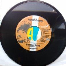 Discos de vinilo: CHUCK FENDER / ELIJAH PROPHET – PERFECT LOVE / GOT TO BE CONSCIOUS. Lote 127508291