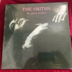 Discos de vinilo: LP-THE SMITHS ?– THE QUEEN IS DEAD (INDIE ROCK)-NUEVO-COLOR PURPURA--UNOFFICIAL. Lote 128083651