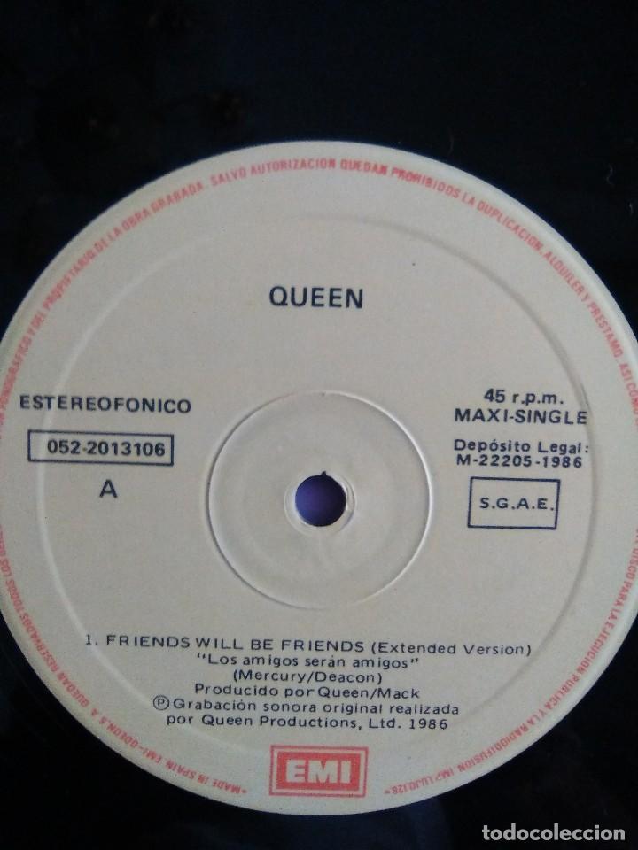 Discos de vinilo: QUEEN ( FRIEND WILL BE FRIENDS ) MAXI SINGLE - Foto 4 - 128104611