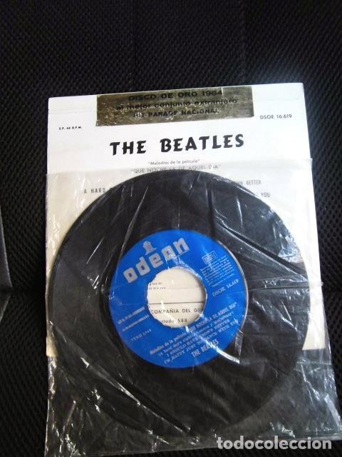 BEATLES SINGLE EP PEGATINA COMPAÑIA EMI ODEON BARCELONA MEJOR CONJUNTO DEL AÑO 1964 BOLSA ORIGINAL (Música - Discos - Singles Vinilo - Pop - Rock Extranjero de los 50 y 60)