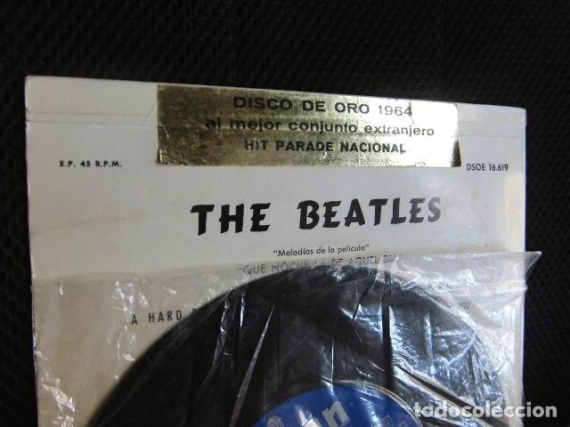 Discos de vinilo: BEATLES SINGLE EP PEGATINA COMPAÑIA EMI ODEON BARCELONA MEJOR CONJUNTO DEL AÑO 1964 BOLSA ORIGINAL - Foto 2 - 128313895