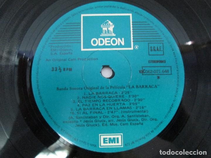 Discos de vinilo: BANDA SONORA ORIGINAL DE LA PELICULA LA BARRACA. POSIBLEMENTE DEDICADO POR ALVARO DE LUNA. 1979 - Foto 4 - 128677635