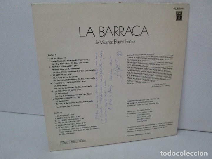 Discos de vinilo: BANDA SONORA ORIGINAL DE LA PELICULA LA BARRACA. POSIBLEMENTE DEDICADO POR ALVARO DE LUNA. 1979 - Foto 8 - 128677635